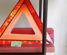 Trojúhelník výstraž.v plast.pouzdru Stav:nové Výprodej!!!